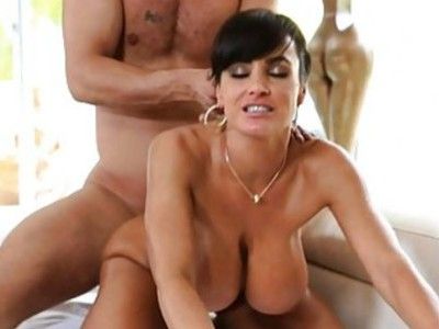 Sexy MILF Lisa Ann seduces poolboy into her pussy