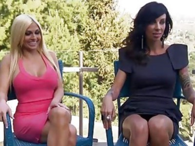 Two big boobs girls have fun playing games in a foursome