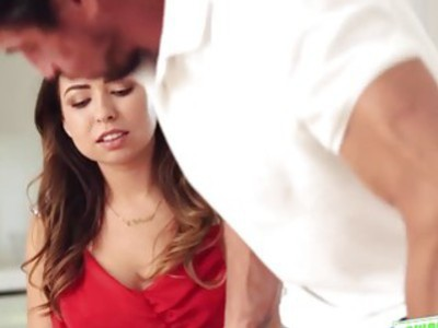 Sweet lovely Riley Reid wanted to get banged for pleasure