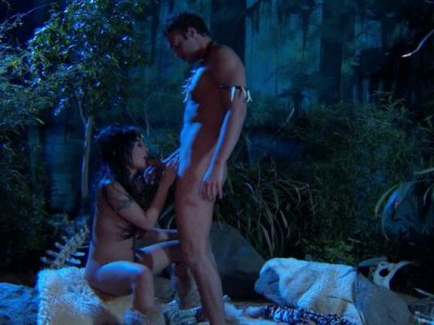 Outdoors oral sex performed by Kaylani Lei