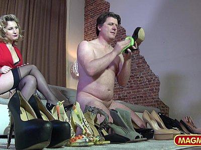Geiler Schuh Fetisch - Scene 1