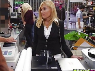 Hot Milf pussy was banged in the pawnshop