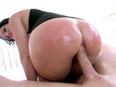 Shay Fox stuffs tight oiled ass of hers with Bill's long dick