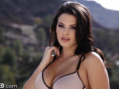 Keisha Grey gets throat fucked and facialized